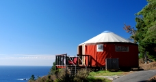 Treebones-Resort-Yurt-Big-Sur